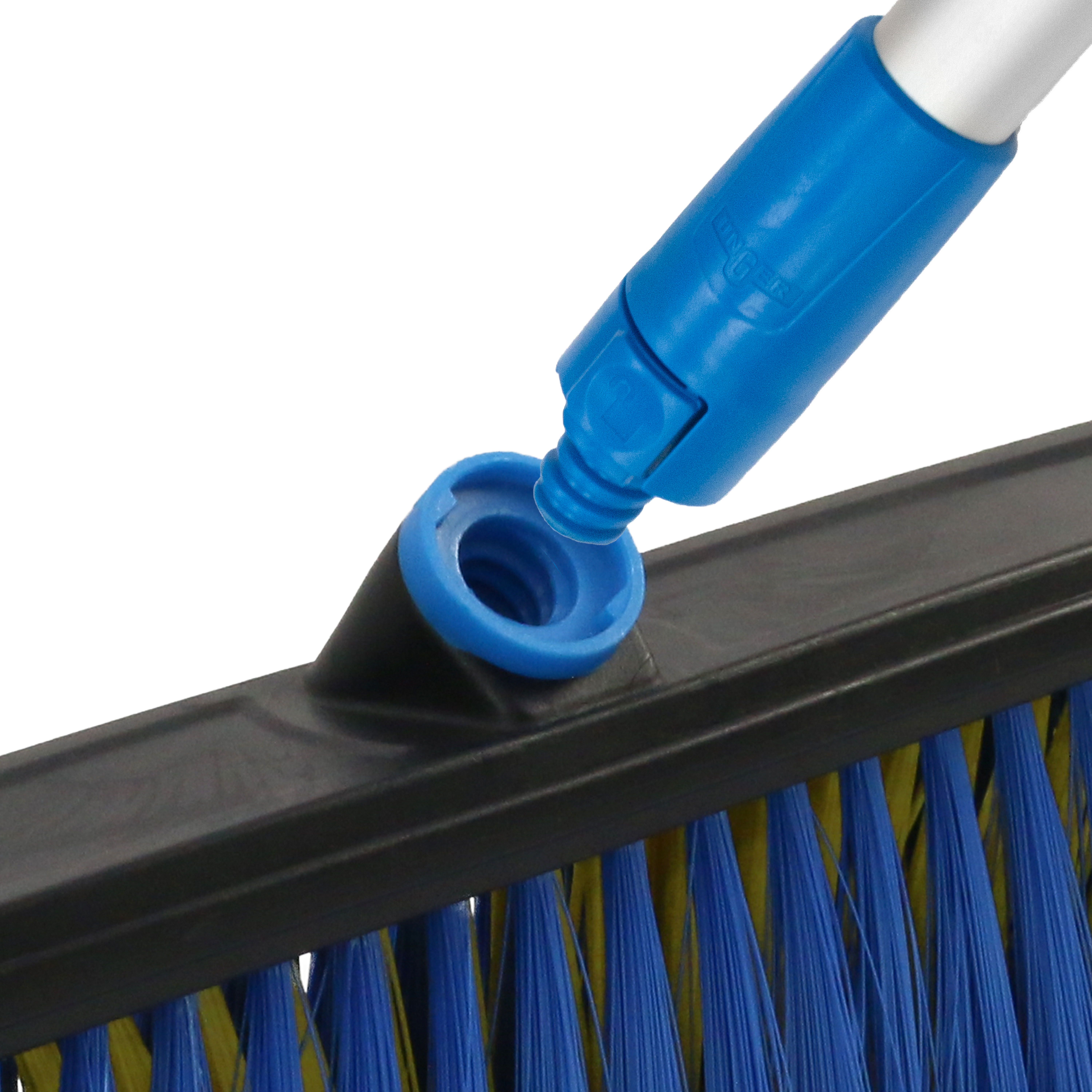 970450_UP_LKO_20 All-Surface Broom Head_connect_1000