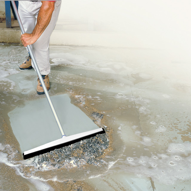 Flood Cleanup - Aquaflex Uneven Surface Floor Squeegee - Unger Cleaning